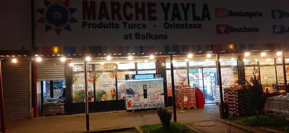 Distributeur-automatique-glaçons-et-glace-pilée-marché-yayla-garges-les-gonesse