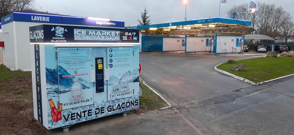 Distributeur automatique de glaçons et glace pilée Self auto lavage Sevran