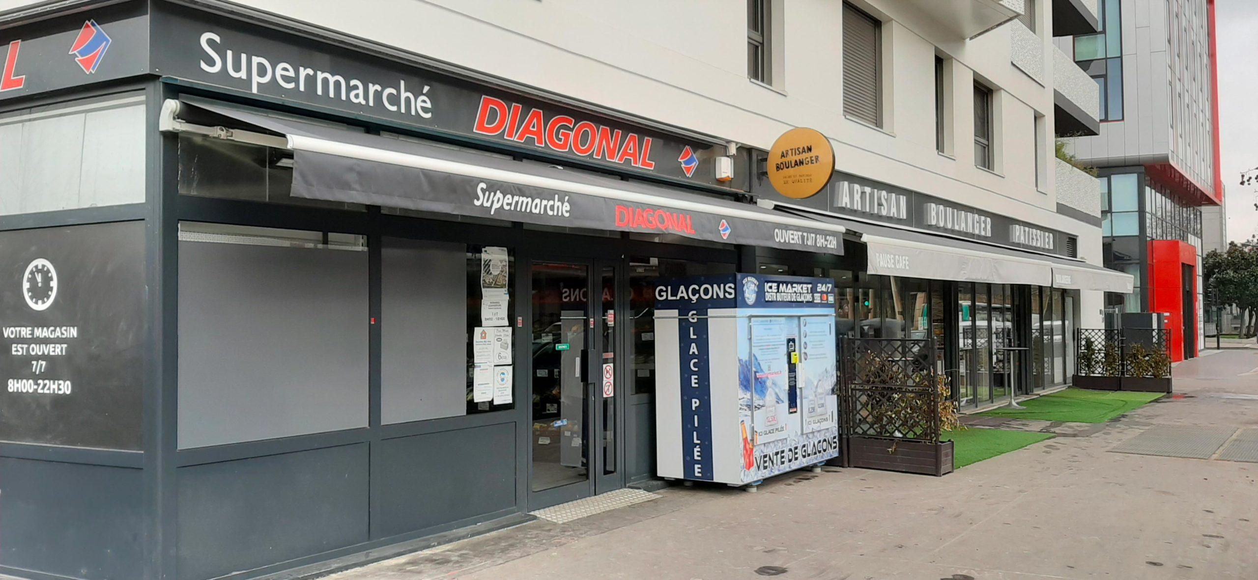 Distribteur-automatique-de-glacons-et-glace-pilee-Diagonal-Saint-Denis-futur-village-olympique