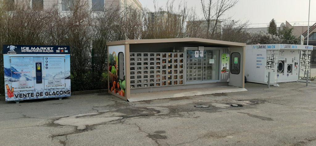 Distribteur-automatique-de-glaçons-et-glace-pilée-melun-elephant-bleu