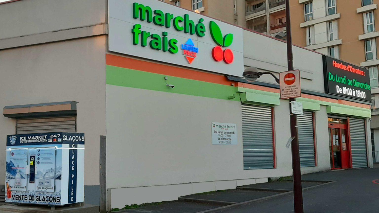 Distribteur-automatique-de-glacons-et-glace-pilee-marche-frais-Leader-Price-Villiers-sur-Marne